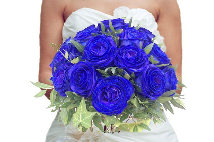 Bruidsboeket blauwe rozen http://www.regioboeket.nl/boeketten/bloemen/trouwen/bruidsboeket-blue-sky
