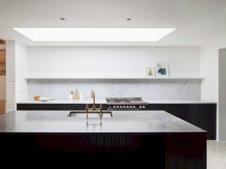A Ground Floor Renovation of A Victorian Terraced House in London https://www.futuristarchitecture.com/36031-ground-floor-renovation-victorian-terraced-house-london.html