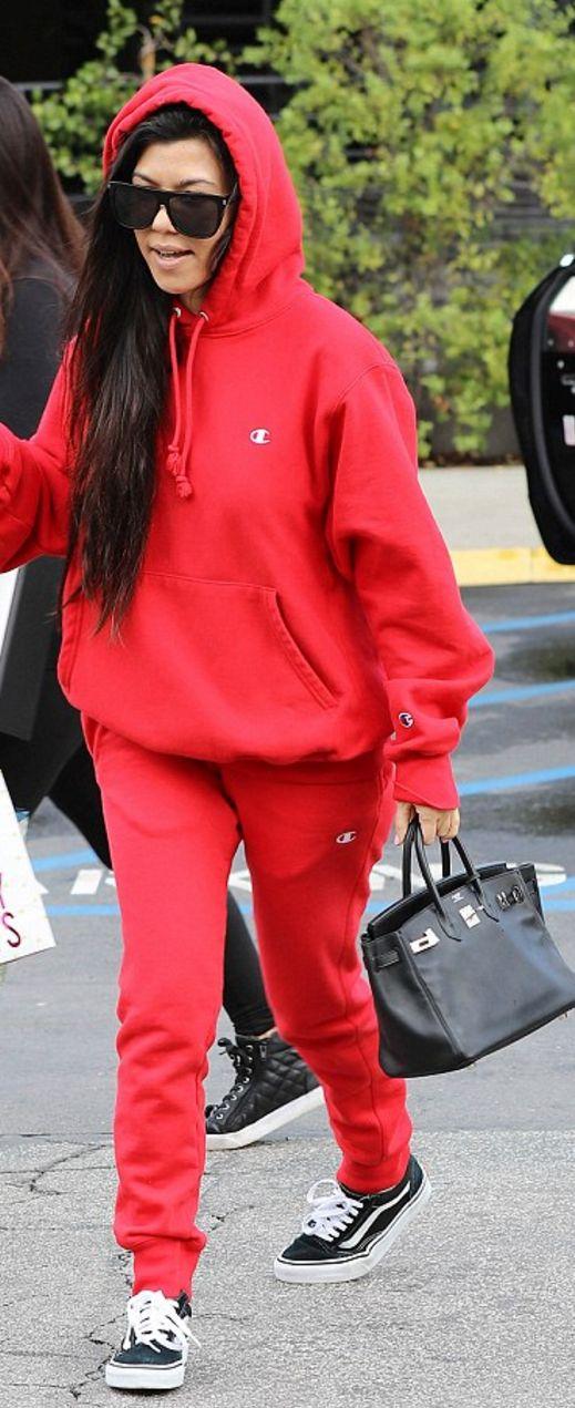 original red sweatshirt outfits 8