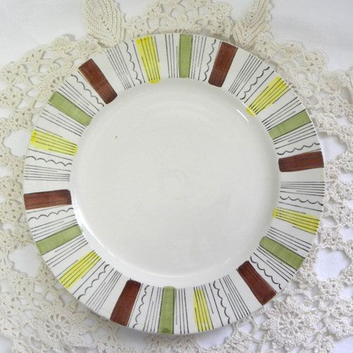 Vintage dinner plate 1950s in the Mandalay design by Ironstone Staffordshire and Kathie Winkle Fabulous brown black green yellow lines on white