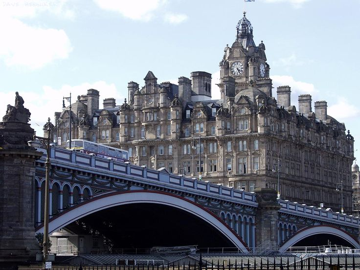 The North British (Balmoral) Hotel sits above the North Bridge and is attached to Waverley train station. The clock on its massive tower is kept permanently 5 minutes fast, to improve passengers' chances of catching their train!