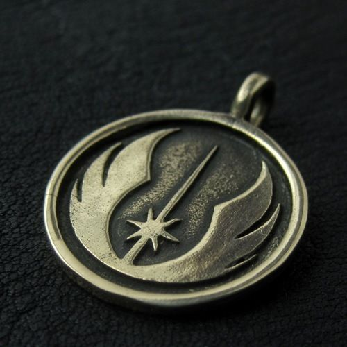Bronze Jedi pendant. Star Wars. Science Fiction. #Pendant