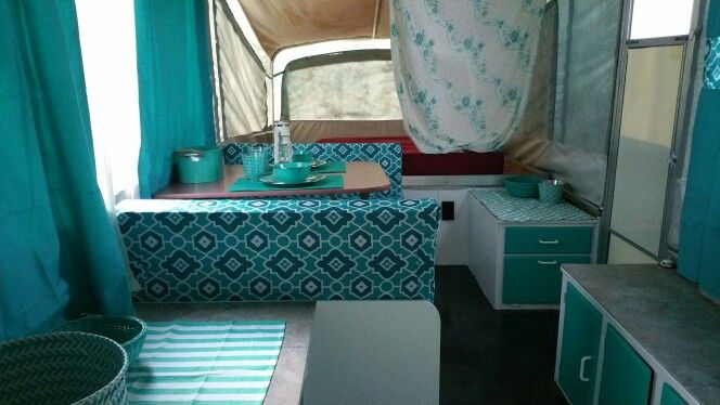 Wall Colour Inspiration: Pop Up Trailer Reno - Teal & White