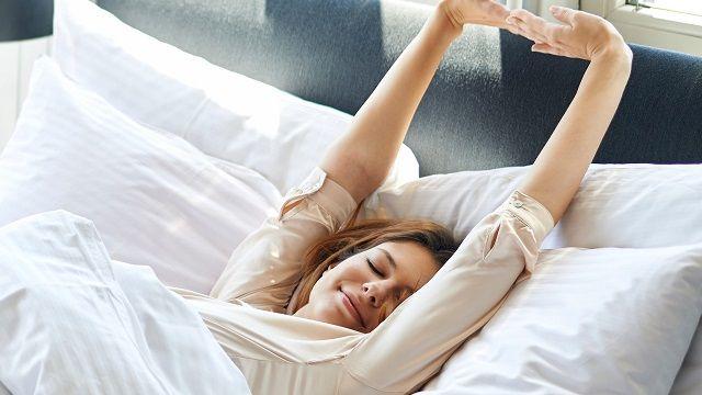 Sağlıklı bir uyku için ne yapılması gerekir? Uyku, insan vücudunun ve vücut metabolizmasının en önemli ihtiyaçlarından biridir. Düzenli uyku uyumak gün içinde daha aktif durumda bulunmayı etkileyebilir. Düzenli uyku uyuyamayan kişiler hayat kalitesi anlamında, yaşam zevkleri daha düşüktür. Düzenli uyku uymayanlar,