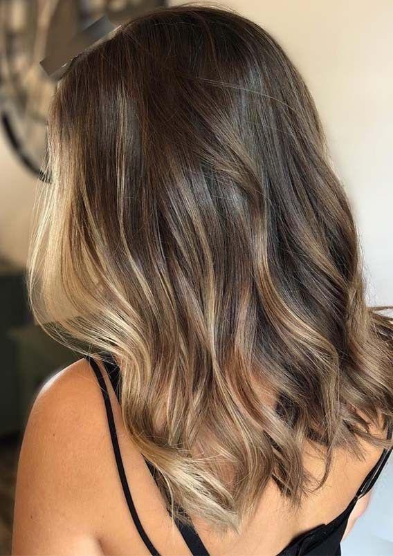 Frische weiche Mischungen von Brunette Balayage-Haarfarben im Jahr 2019