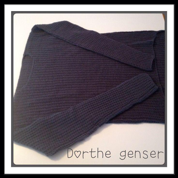 Dorthe genseren, strikket i Merinoull fra Sandnesgarn. Mønster er laget av Dorthe Skappel