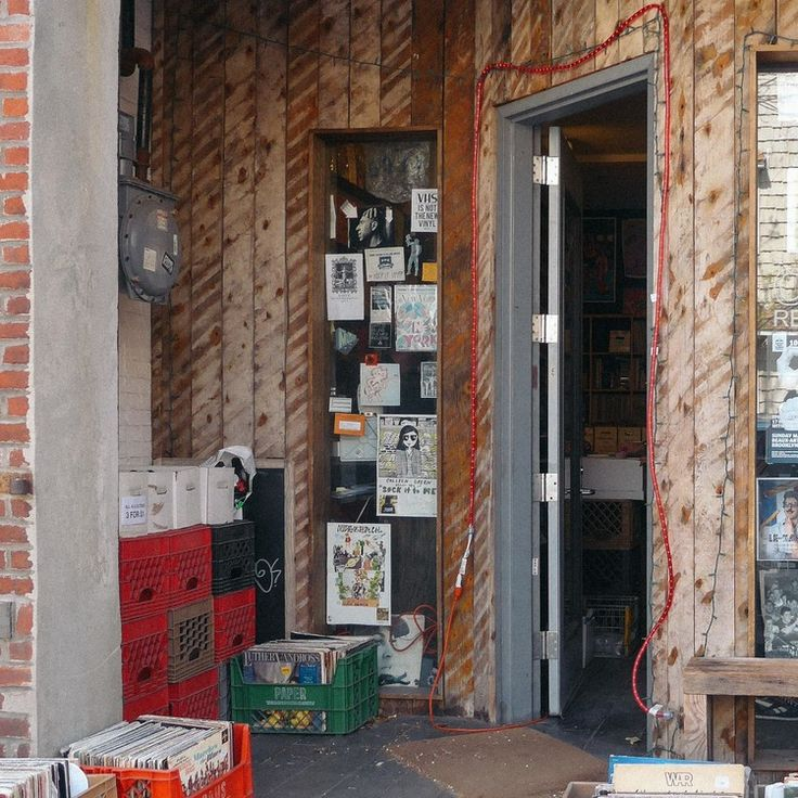 Co-op 87 Records, Brooklyn, NY   TRAVELOGUE.no