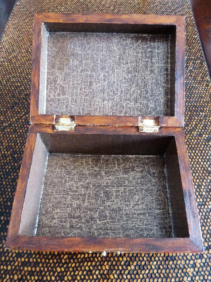 ...boîtes à bijoux, boîtes à secrets...
