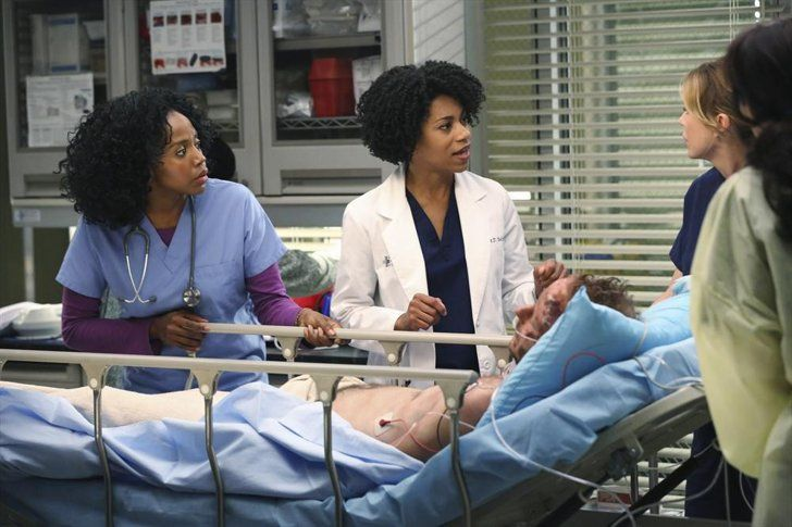 Pin for Later: The Grey's Anatomy Season Premiere Pictures Are Intense, as Usual  Christopher Redman guest-stars as a patient.