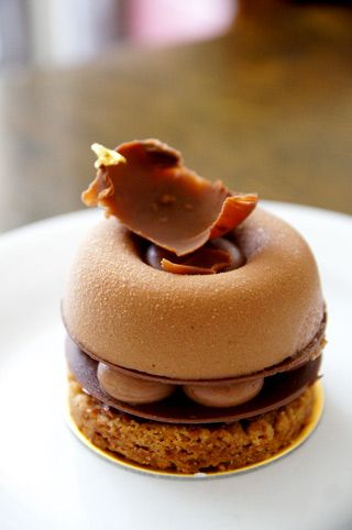 chocolate tart from Deux Patisserie Cafe Tokyo