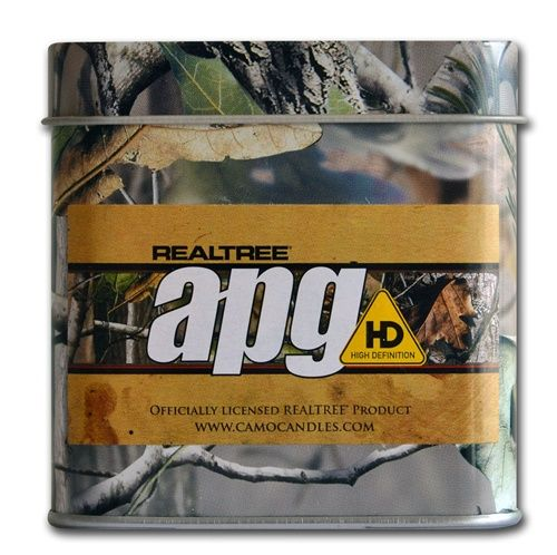 REALTREE® APG HD by Camo Candles has a sweet fragrance of Incense and Cloves which reminds you of sweets cooking in the camp kitchen.  Ideal for kitchens and offices where you want inviting smells that attract attention.  REALTREE® APG HD is packaged in our exclusive printed tins with the REALTREE® APG HD Pattern printed directly onto the tin.