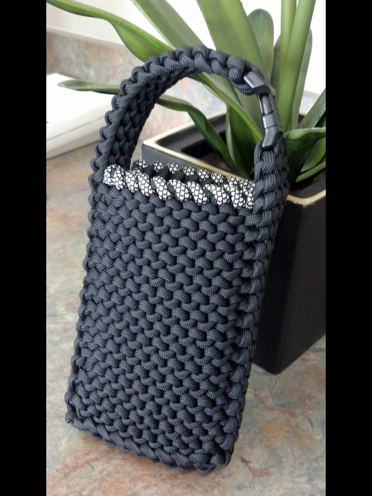 Best 25 cell phone pouch ideas on pinterest diy phone for How to make a paracord bag