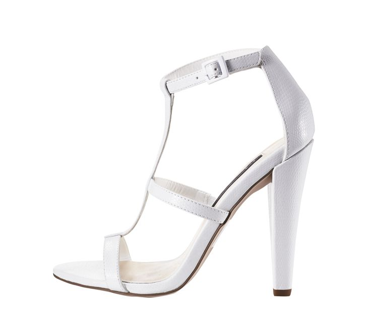 Heels by @forevernew  @WestfieldNZ #whiteout #westfieldtrending
