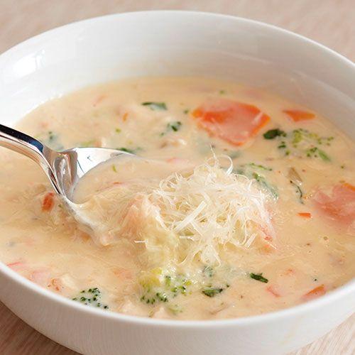 Chicken Vegetable Alfredo Soup (substitute Philadelphia alfredo recipe for the jar) -- delicious!!!