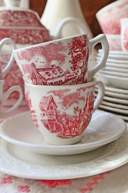 Red & White At Vibeke Design ~ color my decor