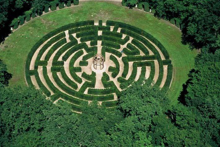 Al castello di Chenonceau, Indre-et-Loire, un labirinto ispirato a un disegno risalente al XV secolo