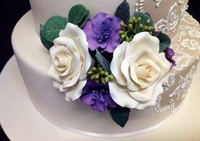 #Sugar-Roses #Cake