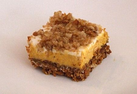 Pumpkin Cheesecake Crumble Squares - This was so awesome! Love that it ...