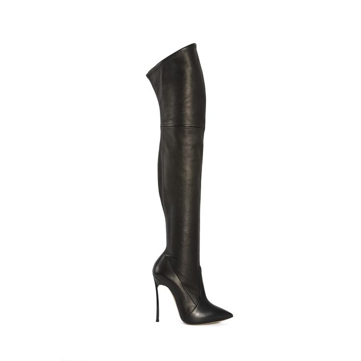 #casadei #boots in #black #leather with #blade #heel for #cherryheel  shop at #cherryheel #barcelona or online at www.cherryheel.com