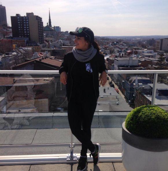 Women's clothing・Pocket tee・Pattern・Funny・Montreal ❖ Vêtements pour femmes・Chandail à poche・Motifs・Montréal