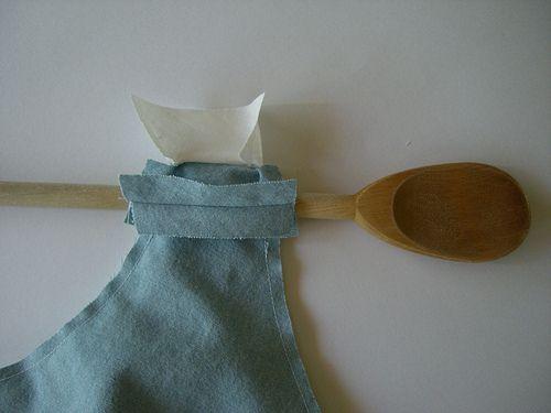 Doubler un haut de robe sans manche - Fil Hélène Point Comme technique de la cuillère en bois