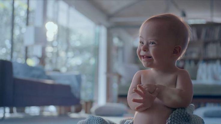 Johnsons aposta em bebê com Síndrome de Down para comercial de Dia das Mães