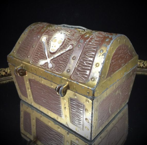 Treasure Chest Pirate Skull And Crossbones Piggy Bank Penny Bank Coin Safe Locking Box With Lock