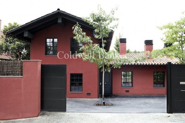 Casa Con Piscina En Venta Sant Cugat Del Vallés V1631ba