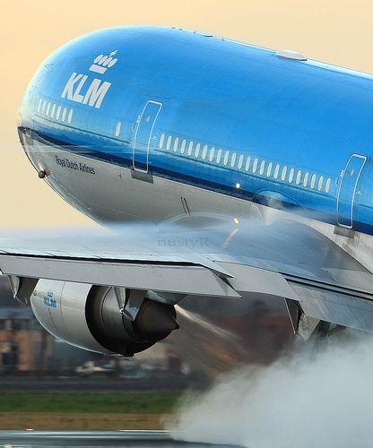 PH-KCC KLM MD-11 blasting take off rom EHAM Schiphol