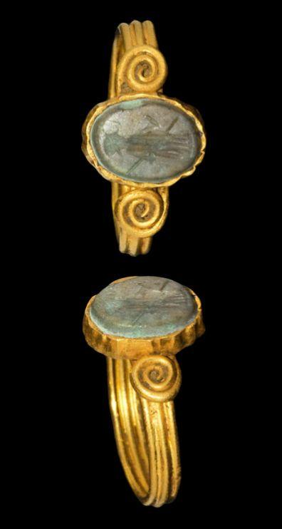 Roman Gold Intaglio Ring, 1st-3rd century A.D.