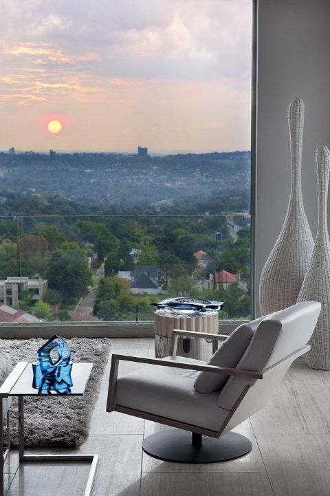 Penthouse in Johannesburg, South-Africa. Architects: Greg Truen & Ina Fourie of SAOTA; Interior: Adam Court of OKHA Interiors.