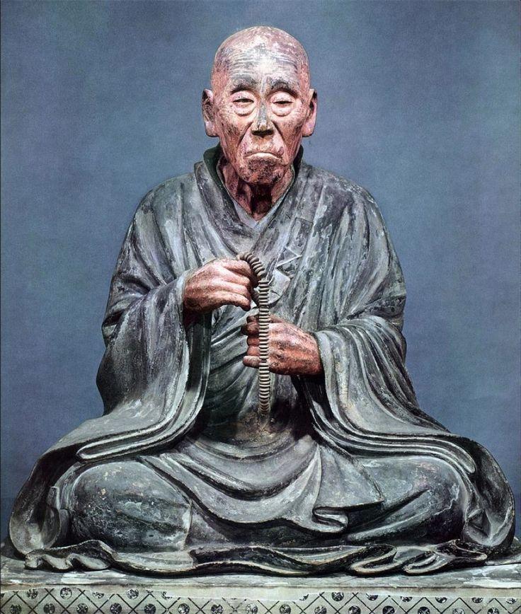 123. Scuola Kei, Ritratto del monaco Chogen, fine del XII - inizio del XIII secolo. Legno scolpito con superficie rifinita a lacca secca. Nara, Todaiji, Sala del Shunjodo.