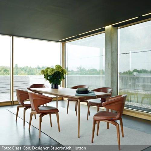 Was hier so nach Retro-Charme aussieht, sind in Wahrheit Designs der Berliner Architekten Sauerbruch Hutton aus dem Jahre 2009. Mehr auf www.roomido.com