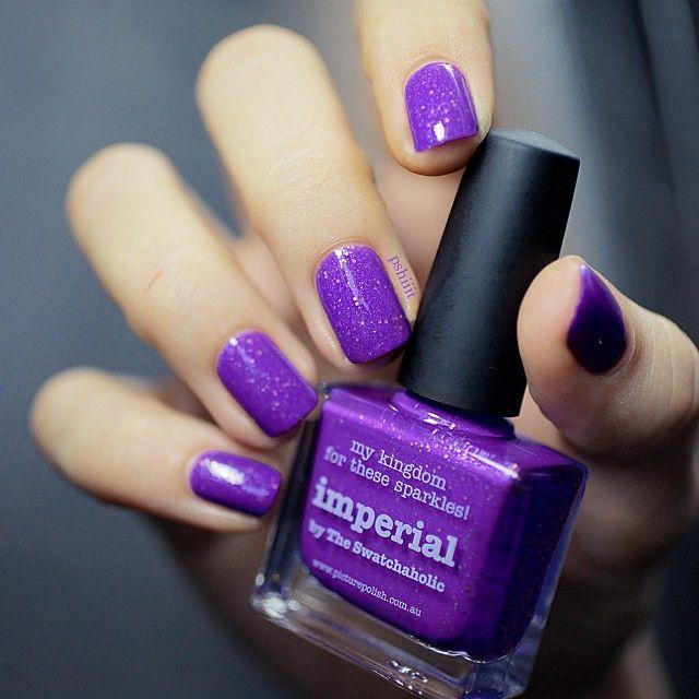 Sugestão de nail art para as festas de dia das bruxas.