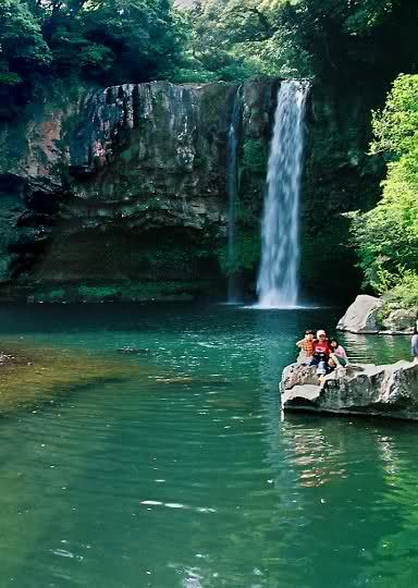 Cheonjiyeon Waterfall, South Korea; Another one of the places Haneul wants to see.