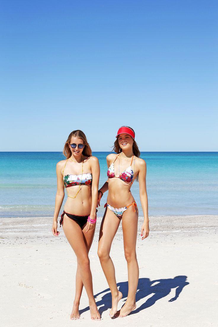 Rosapois Mare summer 2016 Photographer: Settimio Benedusi #benedusi #rosapois #rosapoismare #beachwear #tropical #flower #printedfabric #strass #sparkling #bikini #gorgeous
