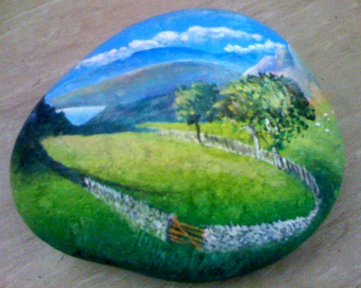 """""""A view painted on a stone of the place it was found sitting in The Lake District    decorativepainters.org""""    The detail is incredible!"""