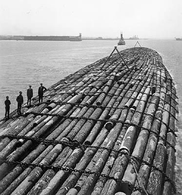700-foot-long floating raft of logs makes 1,200-mile trip from Oregon to San Diego, 1914