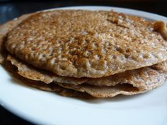 Jaja, de Voedzo-bloggers zijn echte pannenkoekliefhebbers…en ik ben er zeker één van :-). Hierbij een korte blog met een heel simpel recept, namelijk vegan, suikervrijen glutenvrije pannenko…