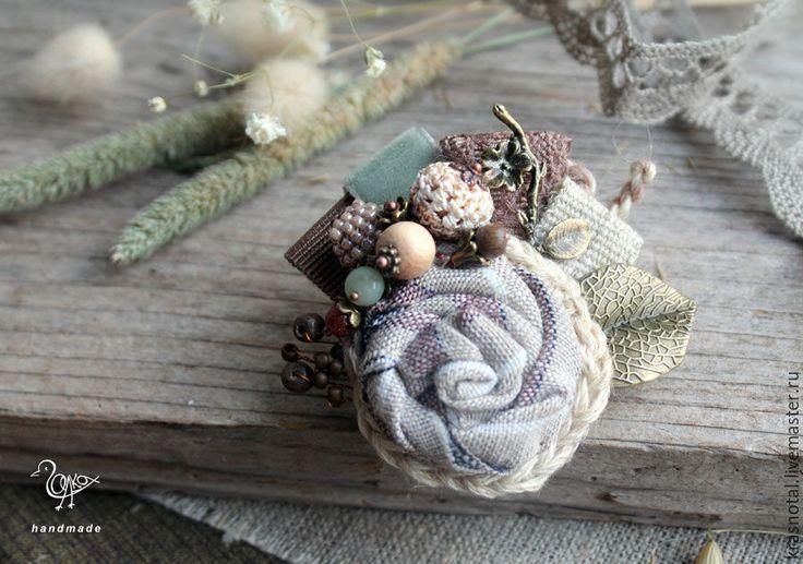 Купить Брошь цветок Сухие травы - брошка-цветок, брошка маленькая, брошка с камнями