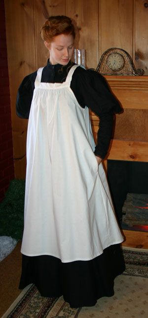 Edwardian apron-- I've been wanting one for a LONG time!