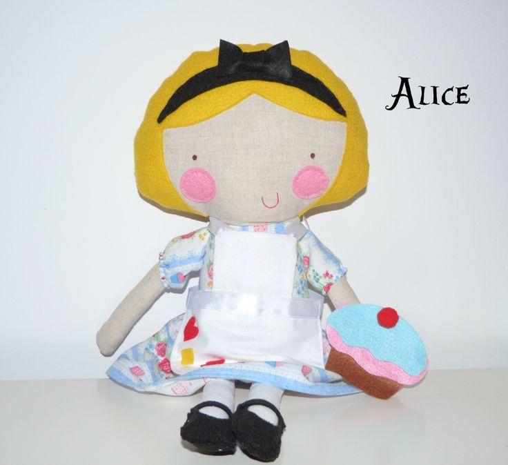 Alice in wonderland www.coracaodepassaro.com