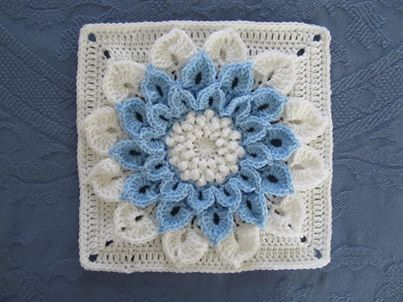 Free Flower Square Pattern…