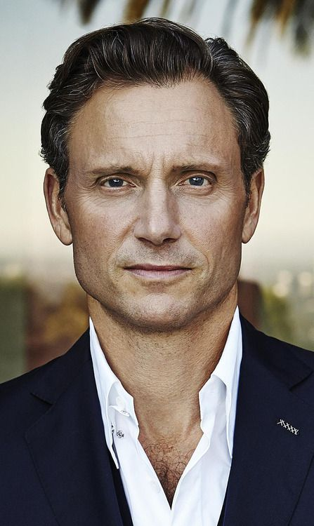 B.E.A.Beautiful Tony Goldwyn