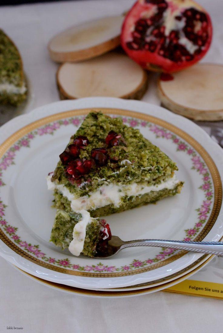 Swego czasu leśny mech opanował kulinarną część blogosfery. Nawet mama mi mówiła, że jest pyszne. Ktoś tam upiekł, próbowała. Chciałam je up...