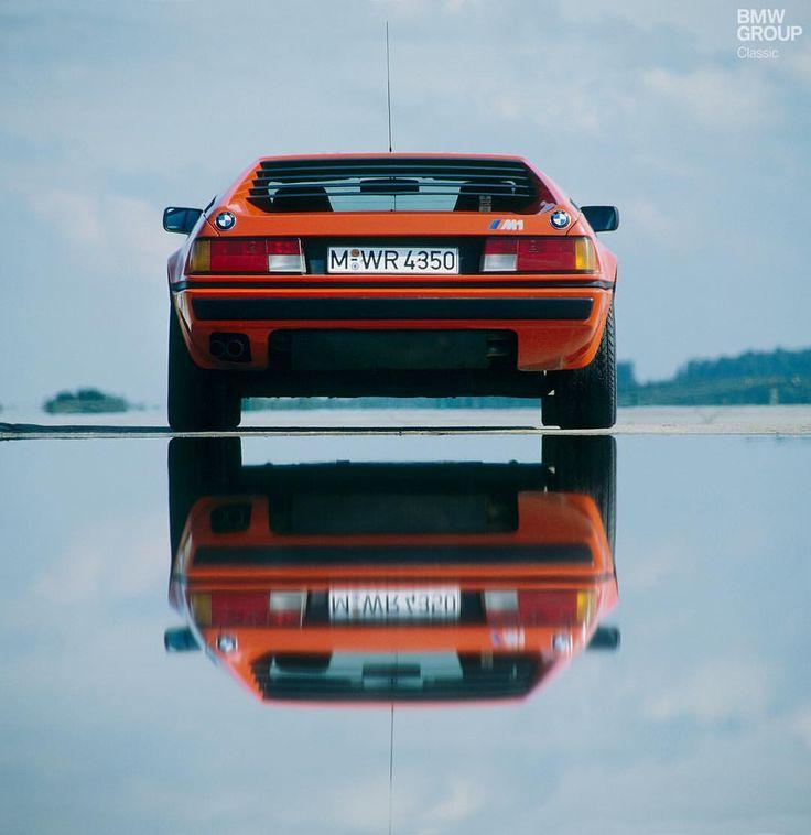 """5.316 Likes, 15 Kommentare - BMW Classic (betty) auf Instagram: """"Der M1 hat BMW in einem ganz neuen Lich ..."""