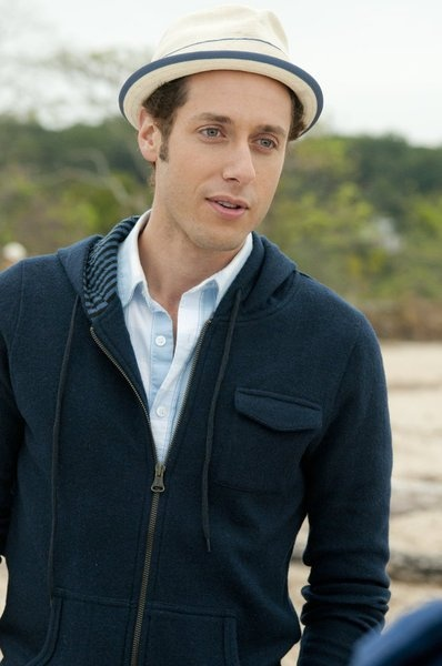 Paulo Costanzo in Royal Pains as Evan R Lawson. Would love to be friends with Evan