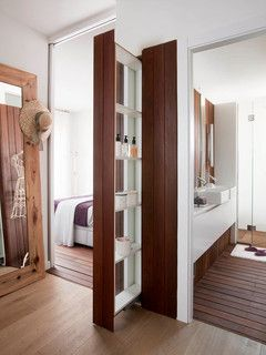Bathroom - hidden pull-out storage - inside wall storage - great idea   Susanna Cots