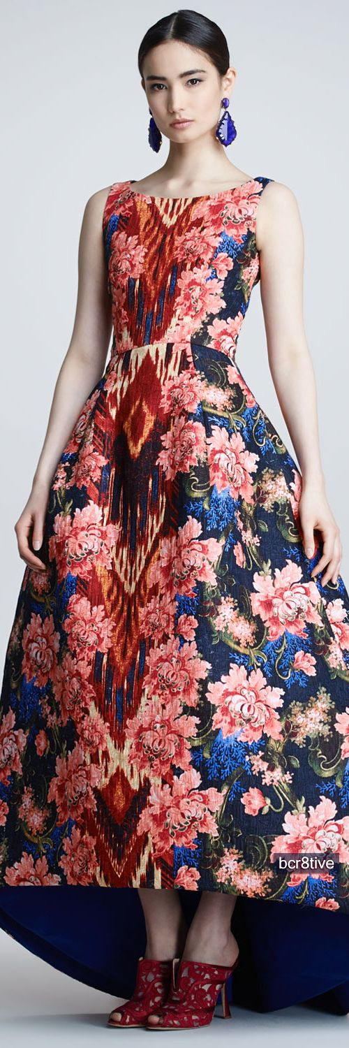 I spy ikat design -  Ikat and floral jacquard patterned gown from Oscar de la Renta  #patterns #ikat pattern  | Pattern & Print Bazaar | Series 1: 9/9