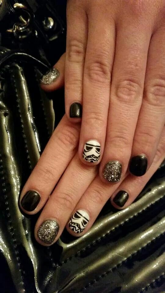 Stormtrooper B-)  #nails #stormtrooper